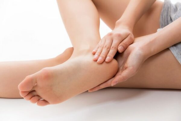 Kpem Apteka- cách chữa trị nứt gót chân hiệu quả