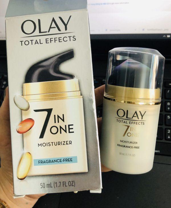 Kem dưỡng da ban ngày Olay Total Effects Anti-Ageing Moisturiser 7in1 cho da nhạy cảm